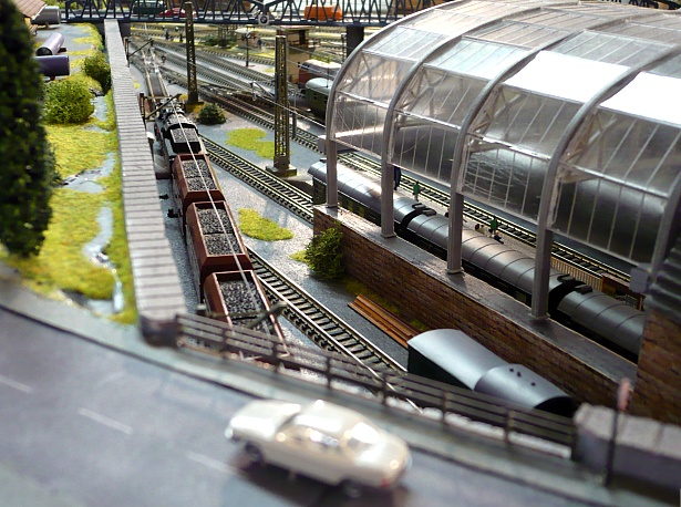 Model train layout design
